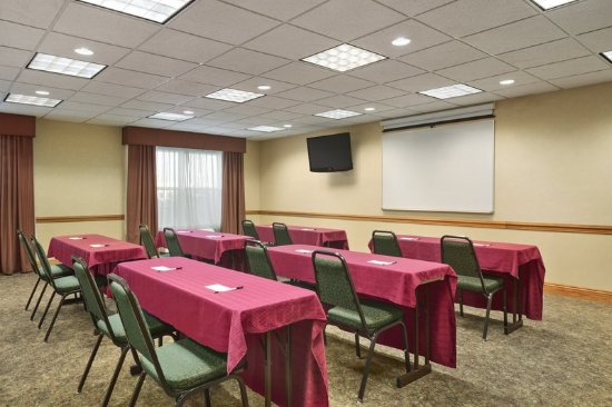 Elyria, OH: Meeting Room