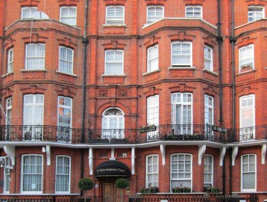 51 Kensington Court Limited: Exterior