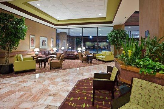 radisson hotel lansing at the capitol 120 1 3 5. Black Bedroom Furniture Sets. Home Design Ideas