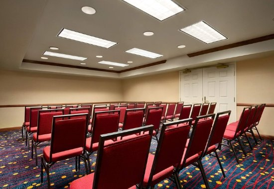 Residence Inn Charleston Airport: Meeting Room – Classroom Setup