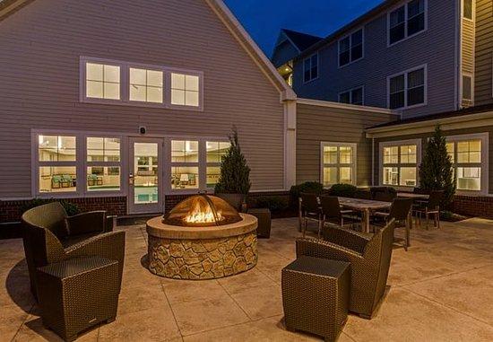Hazleton, PA: Outdoor Firepit