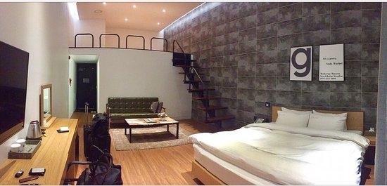 Cheonan, South Korea: Spacious, clean, and modern room with a loft!