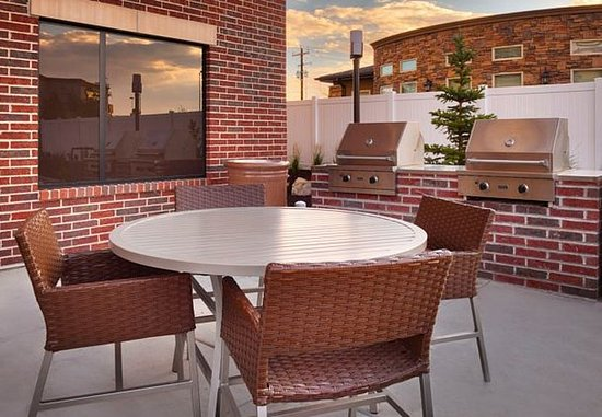 Vernal, UT: Outdoor Patio