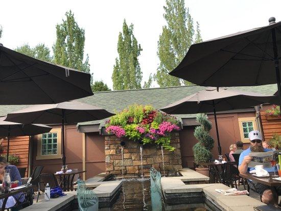 Woodinville, WA: Outside dining
