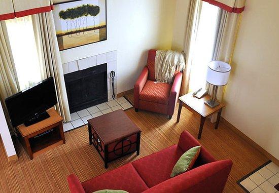 Greenwood Village, Kolorado: Penthouse Suite Living Room