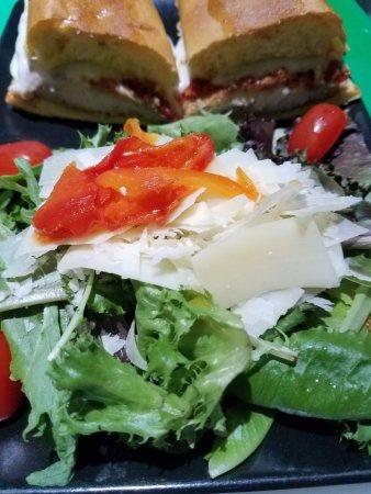 Doral, فلوريدا: Panino & salad