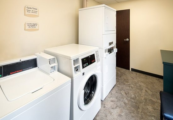 Loveland, CO : Guest Laundry