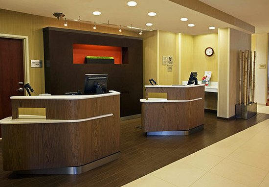 Lafayette, IN: Lobby