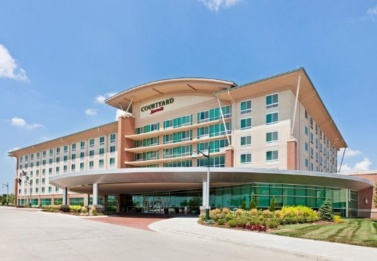 La Vista, Небраска: Courtyard by Marriott Exterior