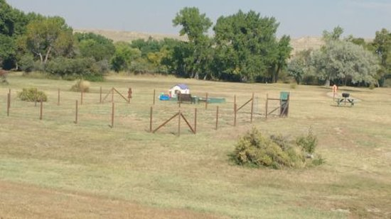 Glenrock, WY: Dog Parka and kids play area