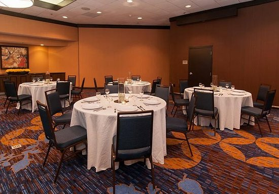 Courtyard Charlotte Airport/Billy Graham Parkway: Ballroom – Rounds
