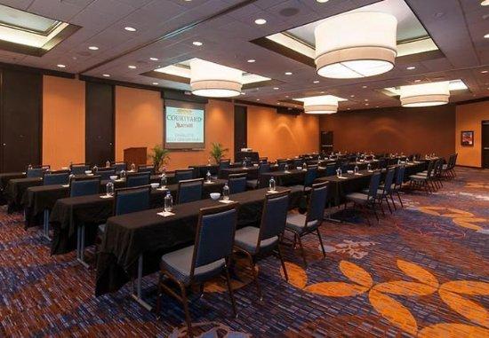 Courtyard Charlotte Airport/Billy Graham Parkway: Ballroom – Classroom Setup