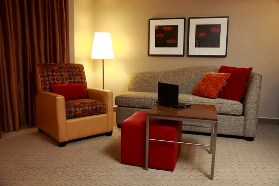 Residence Inn Vancouver Downtown: RILiving Area