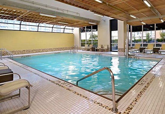 Residence Inn Vancouver Downtown: Indoor Pool