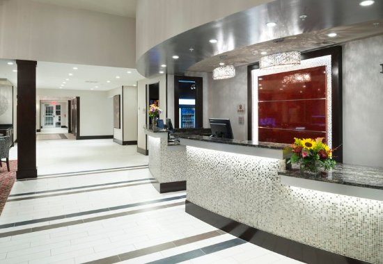 Orangeburg, Estado de Nueva York: Front Desk