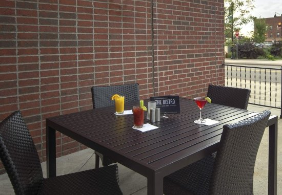 Saint Cloud, MN: Outdoor Patio
