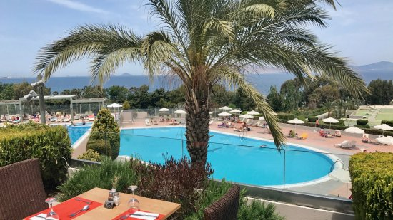 Kipriotis Hotels: Panoramic view of main pool