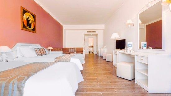 Kipriotis Hotels: Large family room