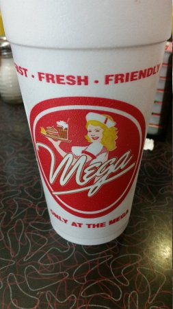 Mega Classic Diner: Cool place to dine.