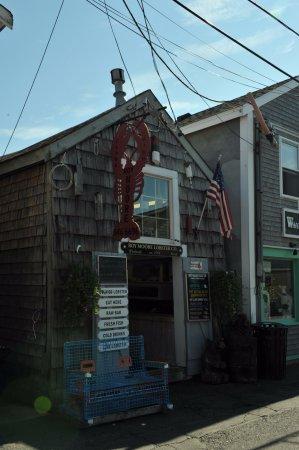 Rockport, Μασαχουσέτη: Roy Moore Lobster, a must