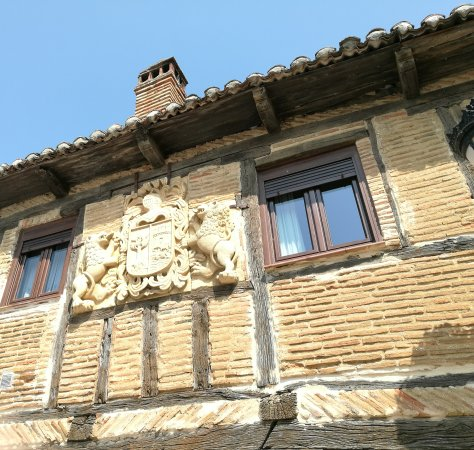 Saldana, Spanyol: Plaza vieja