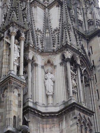 Détail de la façade nord de la Cathédrale