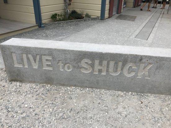 Marshall, Калифорния: Live to Shuck!