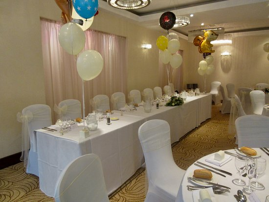 Bromley, UK: The wedding reception