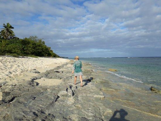 Tongatapu Island, Tonga: beach at low tide
