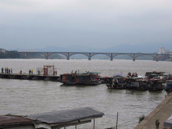 Ganzhou, Kina: 古浮橋