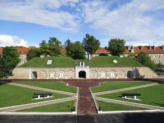 Fontenay-sous-Bois, France: Fort de Nogent