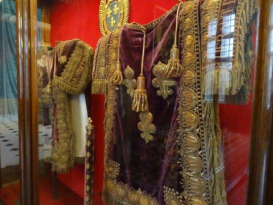 Tabards de héraut d'armes du sacre de Charles X