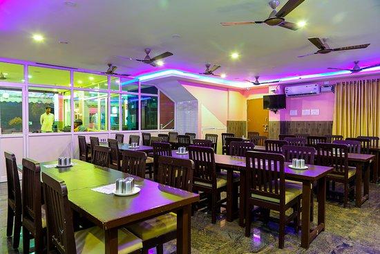 Interior - Picture of OYO 6637 Hotel BVN Grand, Tirupati - Tripadvisor