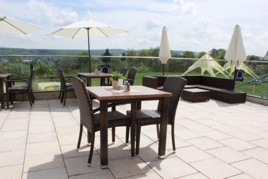 Idstein, Γερμανία: Q's Restaurant & Lounge Terrasse