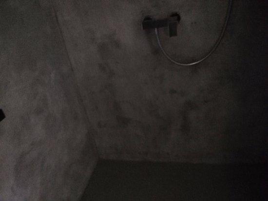 Celadna, สาธารณรัฐเช็ก: betonová kobka