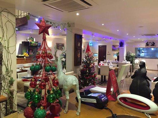 Romantic Interior With Thai Background Music Picture Of Baan Thai Restaurant Doha Tripadvisor