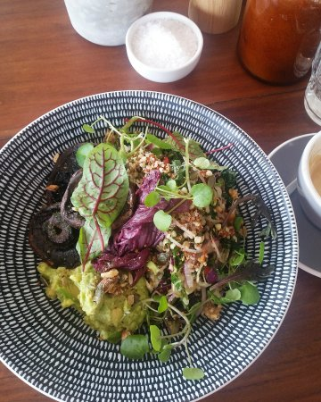 Lennox Head, Australia: mixed grains with avocado, chilli, dates, radicchio, almonds and added mushrooms