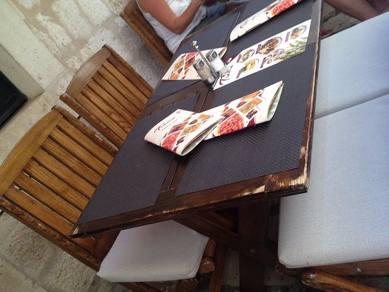 Trattoria Tezoro: tables of the restaurant