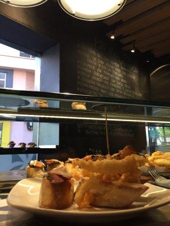 Restaurante casa gallega en palma de mallorca con cocina - Cocinas palma de mallorca ...