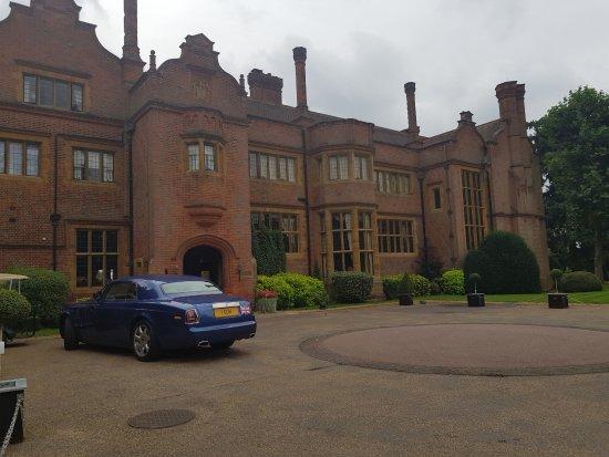 Hanbury Manor Marriott Hotel & Country Club: Hanbury Entrance