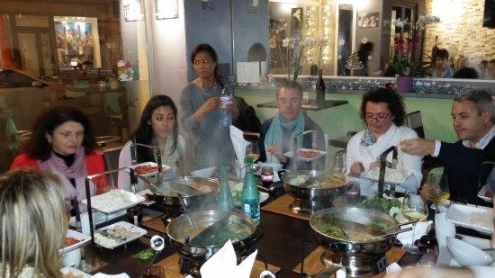 Levallois-Perret, Frankrike: Privatisation pour une fondue Mékong