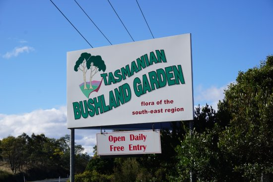 Buckland, Australia: Free Entry. Look out for this sign when heading from Hobart.