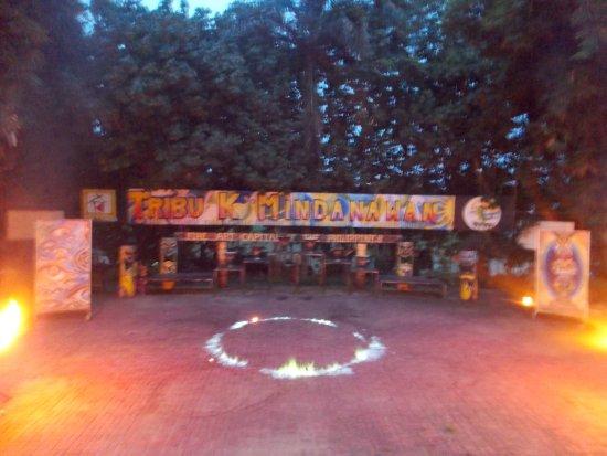Davao City, Filipiny: Green Flame!!
