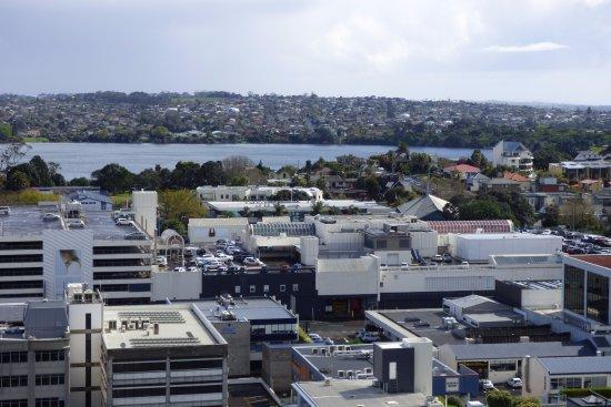 Takapuna, Nueva Zelanda: View to Lake Pupuke