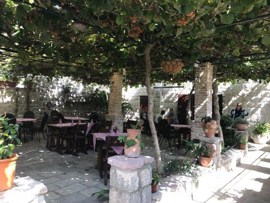 Restaurant & Apartments Babilon: photo5.jpg