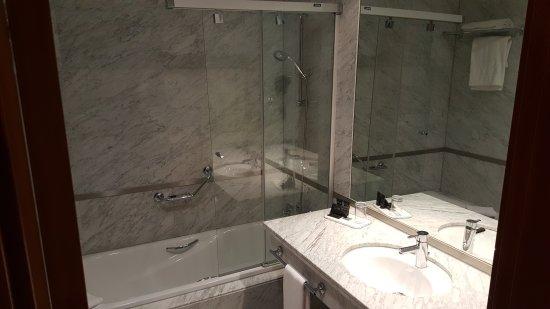 Hotel Nuevo Madrid : 20170906_183405_large.jpg