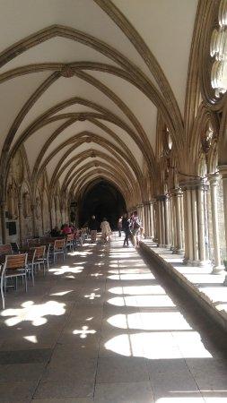 Salisbury, UK: Durchgang