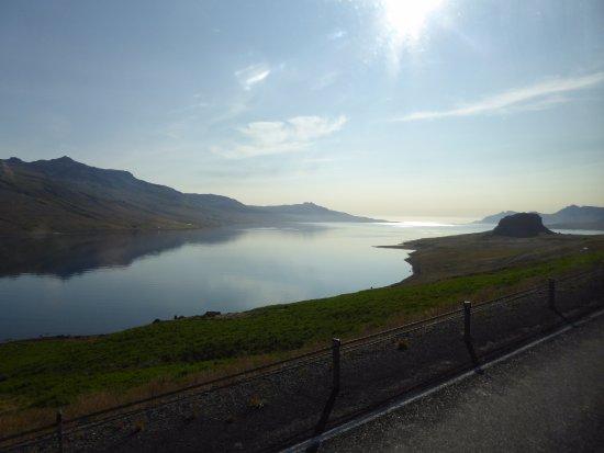 Hallormsstadur, İzlanda: Views from base of Hengifoss waterfall