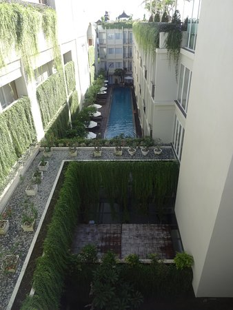 The ONE Legian: Underground swimming pool