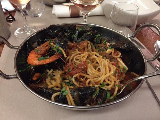 Sisco, Prancis: Voici mon plat très généreux!!!!!
